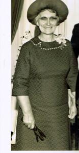 Mòrag Anna, bean Ruairidh na Càrnaich, ann an 1979 (Dealbh bho G. NicDhòmhnaill).